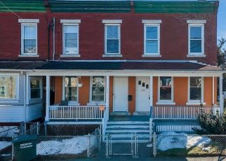 Pre Foreclosure in Bridgeport 06605 HANOVER ST - Property ID: 1739482656