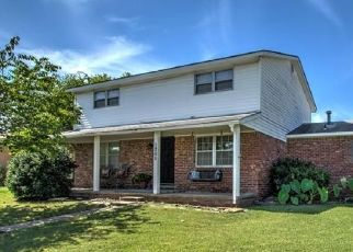Pre Foreclosure in Bartlesville 74006 SADDLE LN - Property ID: 1739544400