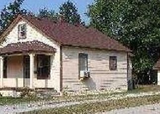 Pre Foreclosure in Toledo 43613 MURRAY DR - Property ID: 1739622363