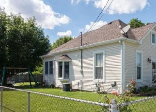 Pre Foreclosure in Carthage 46115 N WALNUT ST - Property ID: 1739658719