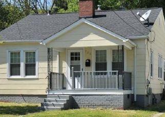 Pre Foreclosure in Winston Salem 27101 WASHINGTON AVE - Property ID: 1739703387