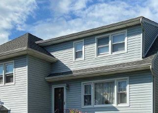 Pre Foreclosure in Freeport 11520 W 2ND ST - Property ID: 1739727478