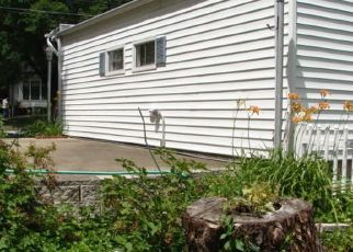 Pre Foreclosure in Marshfield 65706 N LOCUST ST - Property ID: 1739799747