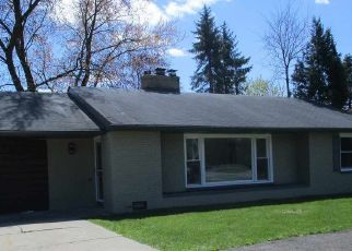 Pre Foreclosure in Bay City 48706 SALZBURG AVE - Property ID: 1739862818