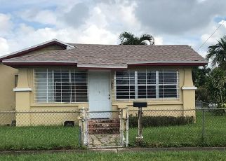 Pre Foreclosure in Miami 33162 NE 171ST ST - Property ID: 1739939907