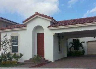 Pre Foreclosure in Miami 33196 SW 170TH PL - Property ID: 1740024874