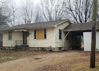 Pre Foreclosure in Litchfield 62056 ILLINOIS ROUTE 16 - Property ID: 1740317427