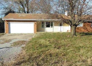 Pre Foreclosure in Athens 62613 E HICKORY ST - Property ID: 1740320493