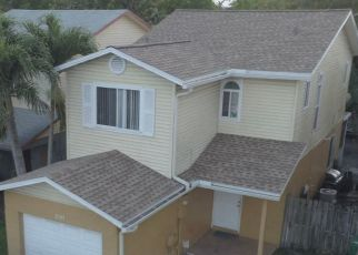 Pre Foreclosure in Fort Lauderdale 33313 NW 55TH TER - Property ID: 1740725624
