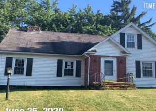 Pre Foreclosure in East Syracuse 13057 EXETER ST - Property ID: 1740893361