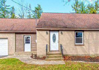 Pre Foreclosure in Delmar 12054 DELAWARE TPKE - Property ID: 1741127685