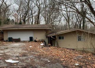Pre Foreclosure in Arnold 63010 E ROCK CREEK RD - Property ID: 1741637486