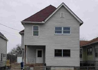 Pre Foreclosure in Davenport 52803 ARLINGTON AVE - Property ID: 1741648426