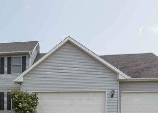 Pre Foreclosure in Bettendorf 52722 KRISTI LN - Property ID: 1741649299
