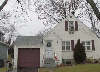 Pre Foreclosure in Bergenfield 07621 STILLMAN AVE - Property ID: 1741847263