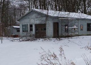 Pre Foreclosure in Bridgeport 13030 LESTINA BEACH RD - Property ID: 1741941430