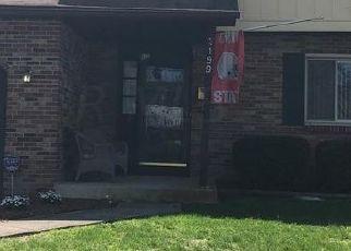 Pre Foreclosure in Columbus 43229 TEAKWOOD DR - Property ID: 1742007570