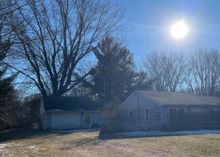 Pre Foreclosure in Temperance 48182 CENTER DR - Property ID: 1742112688