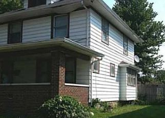 Pre Foreclosure in Indianapolis 46201 N GLADSTONE AVE - Property ID: 1742128899