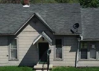 Pre Foreclosure in Greenwood 46142 W BROADWAY ST - Property ID: 1742172238