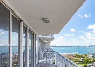 Pre Foreclosure in Miami Beach 33141 E TREASURE DR - Property ID: 1742504679