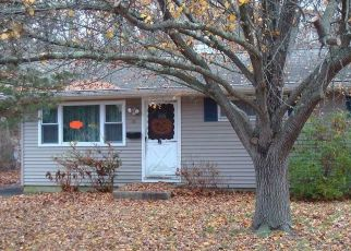 Pre Foreclosure in Bayville 08721 ANCHORAGE BLVD - Property ID: 1742547592