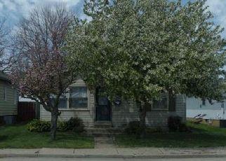 Pre Foreclosure in Mishawaka 46544 W 9TH ST - Property ID: 1742762198
