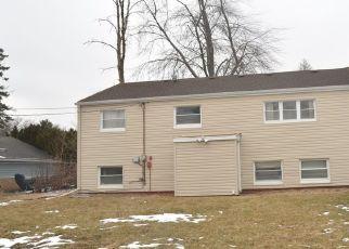 Pre Foreclosure in Bolingbrook 60440 VERNON DR - Property ID: 1742949209