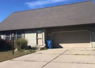 Pre Foreclosure in Middlebury 46540 SPRING CROSSING DR - Property ID: 1743092877