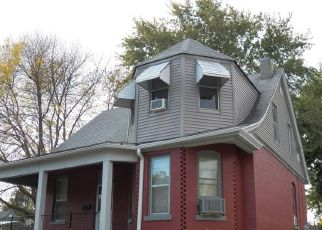 Pre Foreclosure in Quincy 62301 N 14TH ST - Property ID: 1743145427