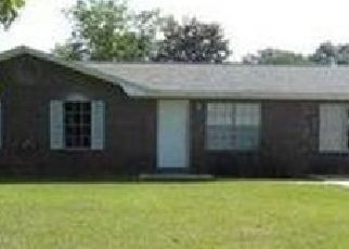 Pre Foreclosure in Cantonment 32533 WOODBURY CIR - Property ID: 1743805907