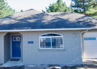 Pre Foreclosure in Whitethorn 95589 SHELTER COVE RD - Property ID: 1743863712