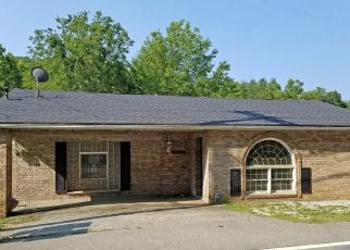 Pre Foreclosure in Charleston 25313 BIG TYLER RD - Property ID: 1744364305