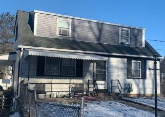 Pre Foreclosure in Rockaway 07866 ROBERT ST - Property ID: 1744853528