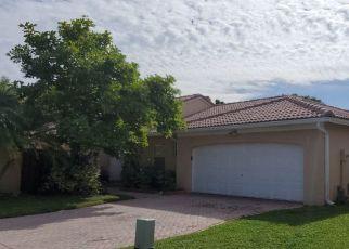 Pre Foreclosure in Miami 33193 SW 157TH CT - Property ID: 1744984481