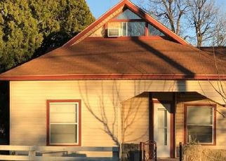 Pre Foreclosure in Trent 79561 N BIRCH ST - Property ID: 1745160546