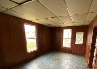 Pre Foreclosure in Crawfordsville 47933 W NORTH ST - Property ID: 1745846857