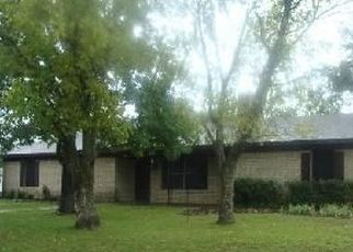 Pre Foreclosure in Grapeland 75844 LAKEVIEW DR - Property ID: 1745884971