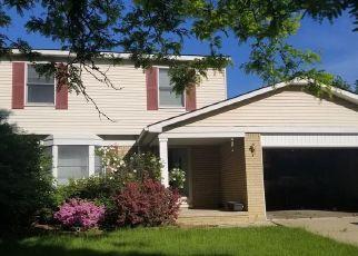 Pre Foreclosure in Livonia 48154 PERTH ST - Property ID: 1745909481