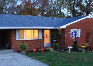 Pre Foreclosure in Ashland 41102 LORRAINE ST - Property ID: 1746073725