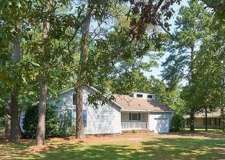 Pre Foreclosure in Laurinburg 28352 BLUE WOODS RD - Property ID: 1746529656