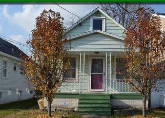 Pre Foreclosure in Perth Amboy 08861 ELLEN AVE - Property ID: 1746825280