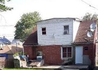 Pre Foreclosure in Woodbridge 07095 AMBOY AVE - Property ID: 1746920769
