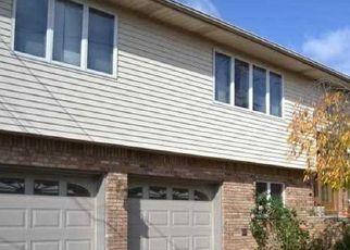 Pre Foreclosure in Lodi 07644 HILLCREST AVE - Property ID: 1746927332