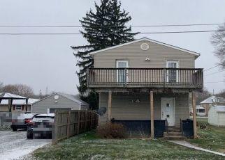 Pre Foreclosure in Darlington 16115 ALICE ST - Property ID: 1746966309