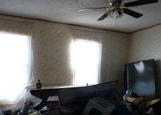 Pre Foreclosure in Rockaway Beach 65740 CREEKWOOD RD - Property ID: 1746979901