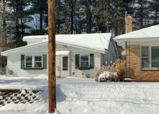 Pre Foreclosure in Battle Creek 49037 EMERALD AVE - Property ID: 1747384579