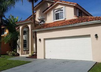 Pre Foreclosure in Miami 33193 SW 156TH CT - Property ID: 1747480495
