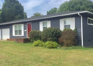 Pre Foreclosure in Madisonville 42431 S SCOTT ST - Property ID: 1747832180