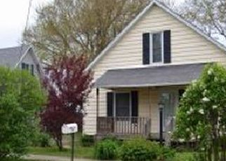 Pre Foreclosure in Lovington 61937 S WASHINGTON ST - Property ID: 1747877294